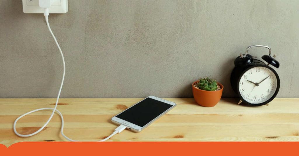 ricarica smartphone estate